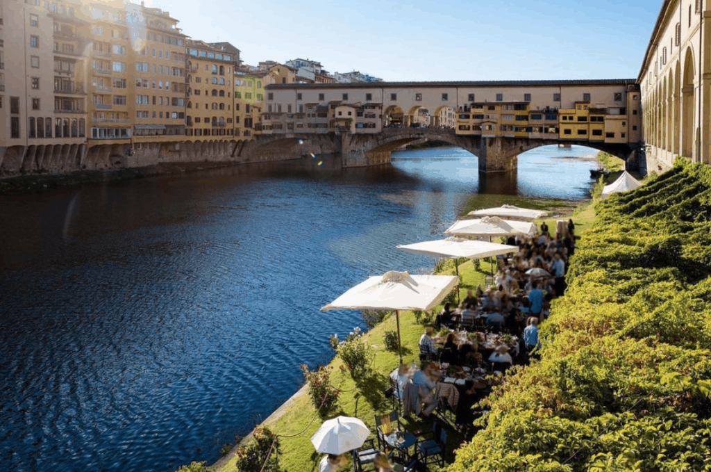 Rehersal dinner at Rowing Club in Florence overlooking Ponte Vecchio