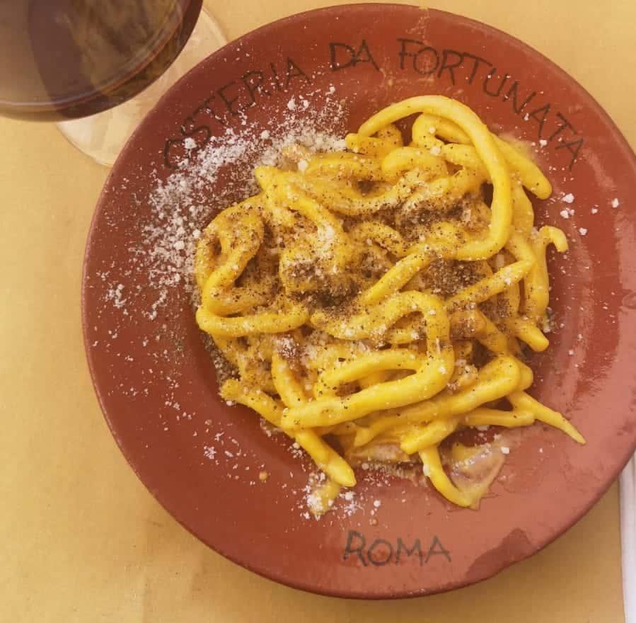 Carbonara plate in Rome restaurant osteria da Fortunata